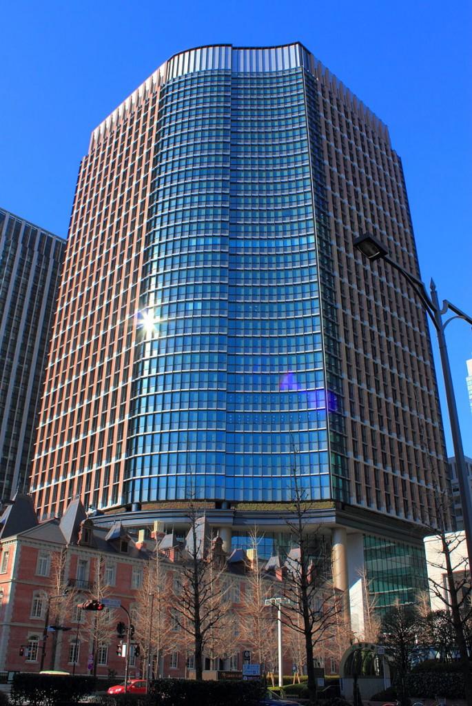 800px-Marunouchi_Park_Building_2012